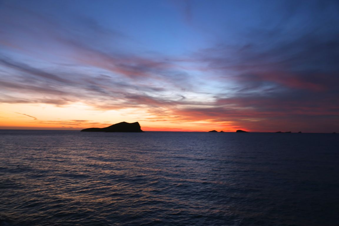 sunsetashram.mareenschauder