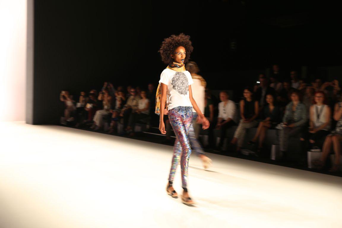 johnydar.fashionweek