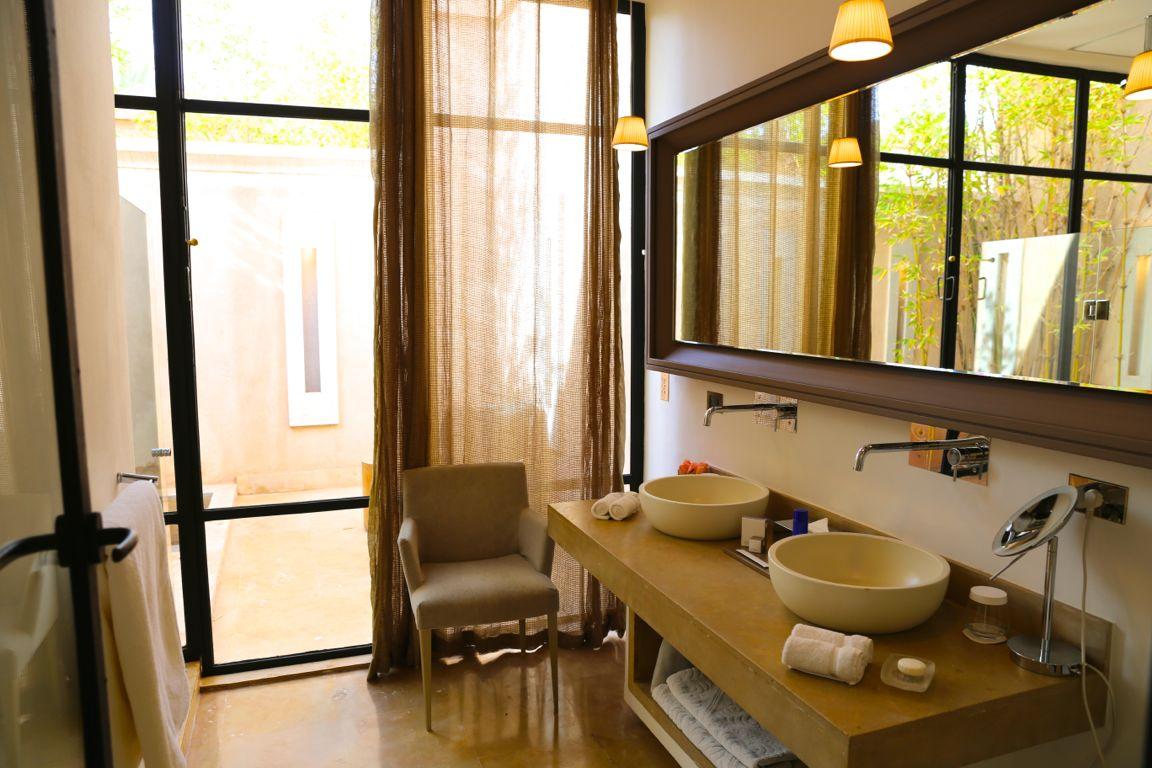 palaisnamaskarbathroom