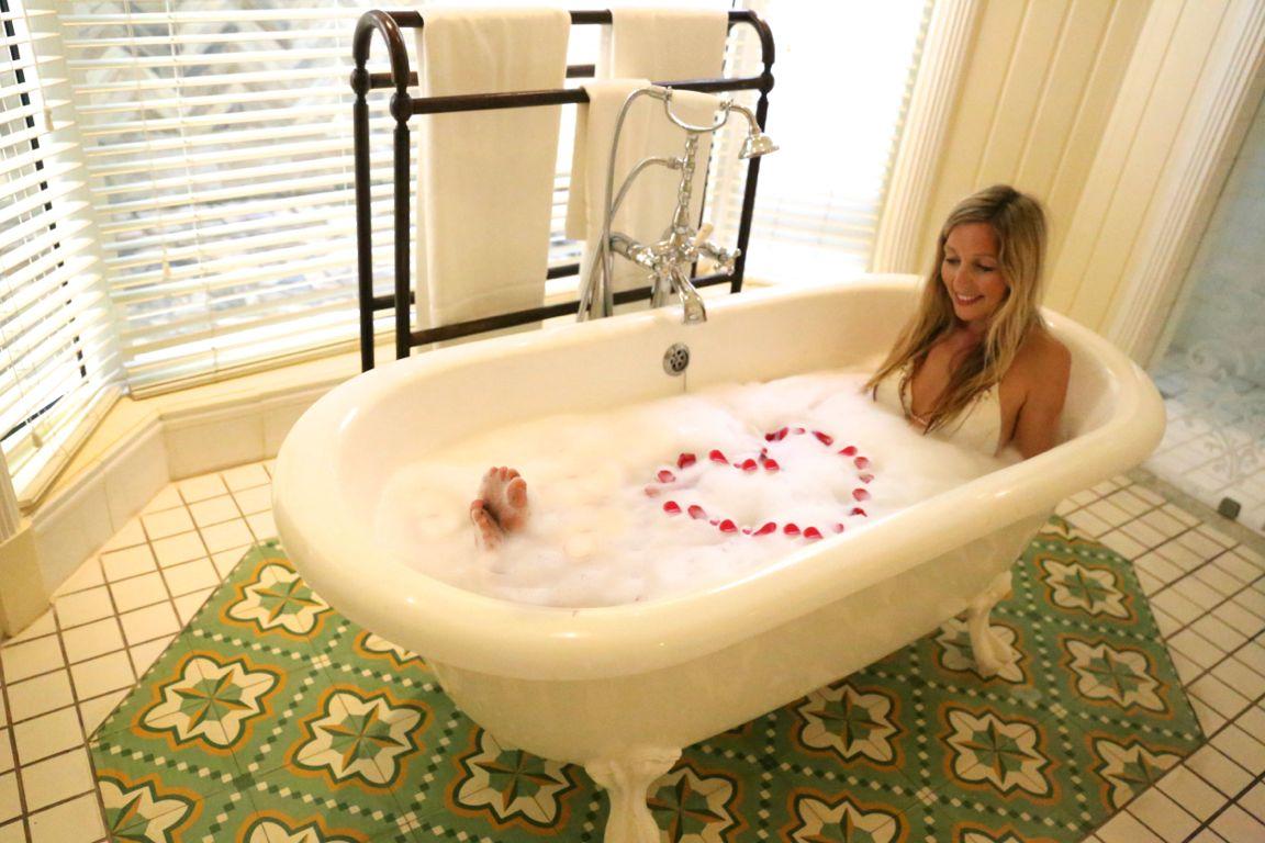 bathtubmauritius